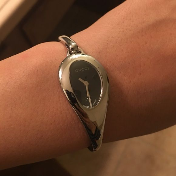 Gucci women's watch Authentic Gucci watch, like new. Gucci Accessories Watches