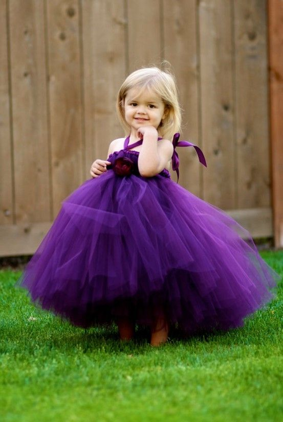 1000  images about Wedding-Flower girl ideas on Pinterest  Pretty ...