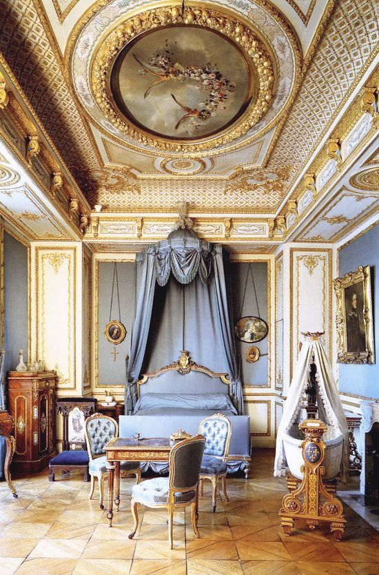 salon de monsieur le prince petit ch teau at chantilly