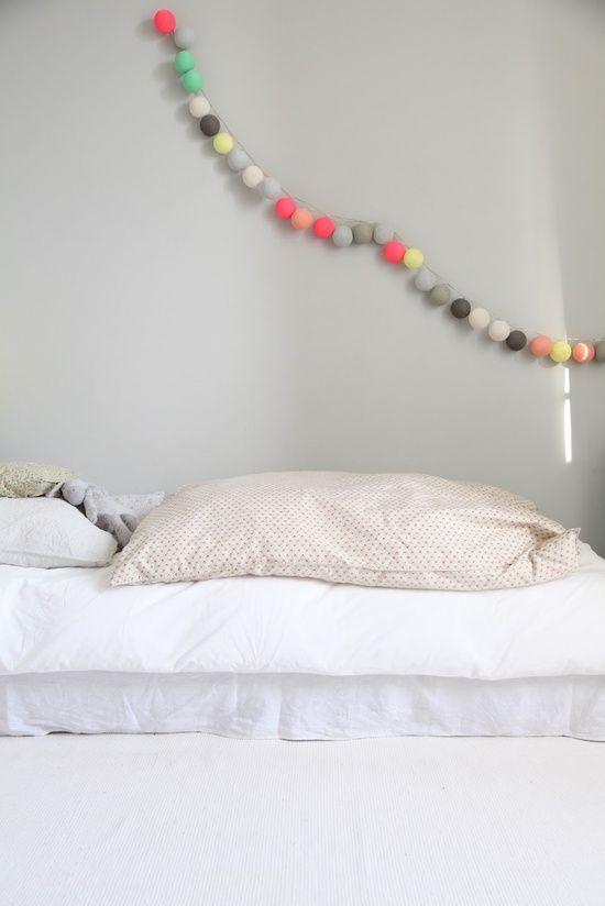guirlande lumineuse case de cousin paul chez chiara stella. Black Bedroom Furniture Sets. Home Design Ideas