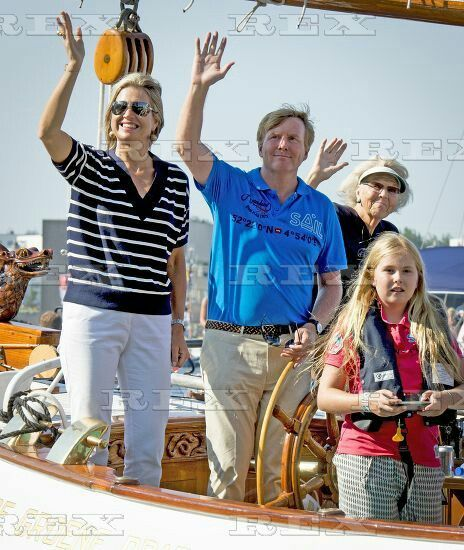 Dutch Royals Sailing in Amsterdam, Netherlands - 22 Aug 2015 King Willem-Alexander, Queen Maxima and Queen Beatrix Princess Amalia 22 Aug 2015