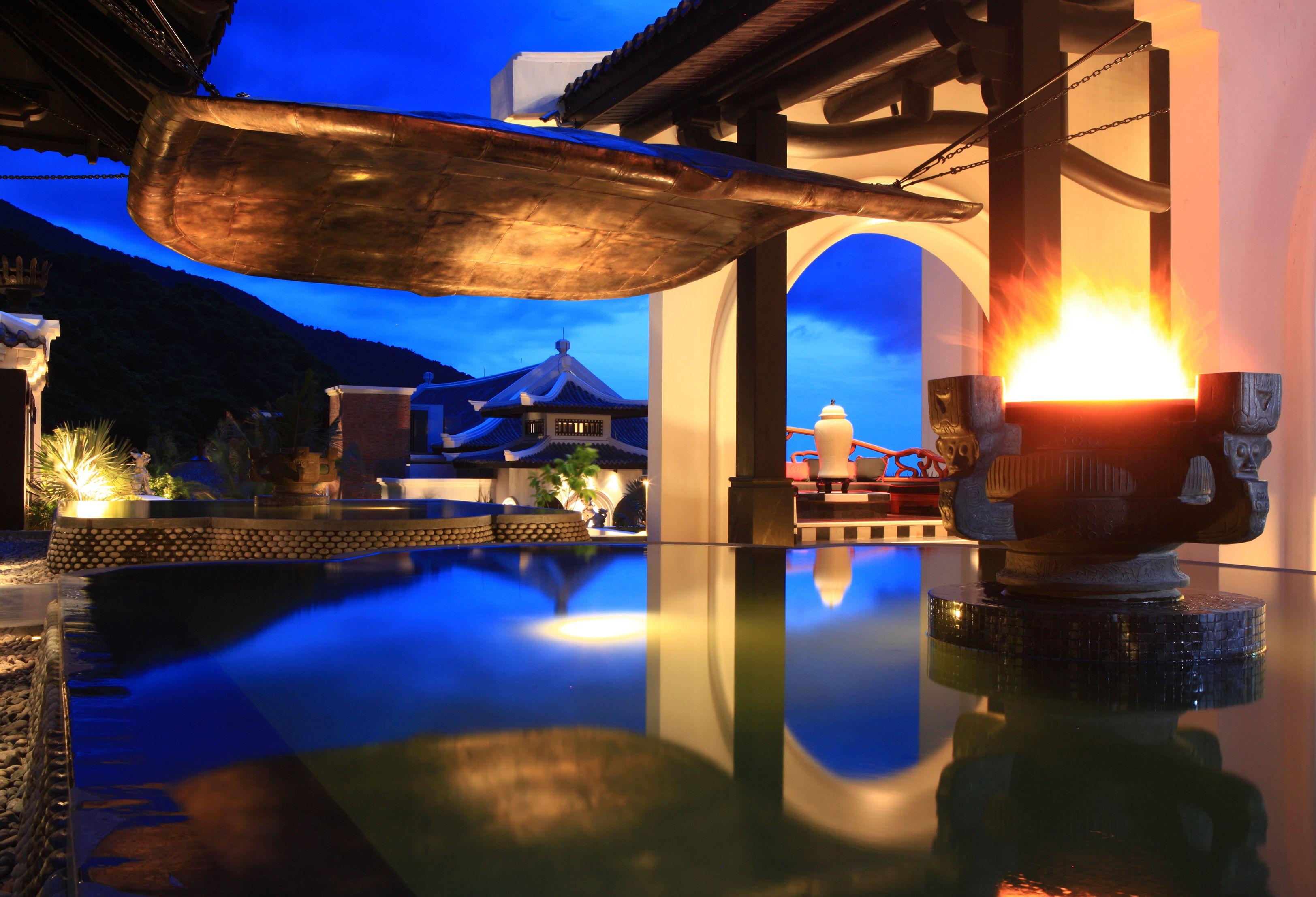 Intercontinental da nang sun peninsula resort vietnam: designed by