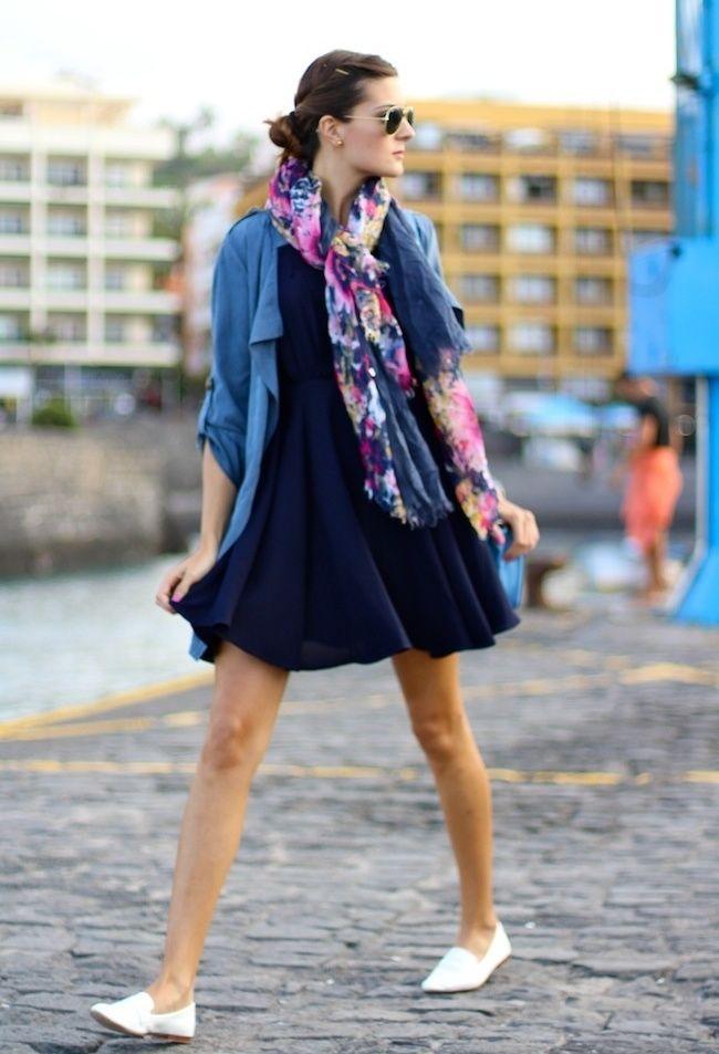 3a6f07b33ed4 Neue Modetrends, Sommer-mädchen, Marineblaue Kleider, Modeboutique, Bunte  Mode, Ihr