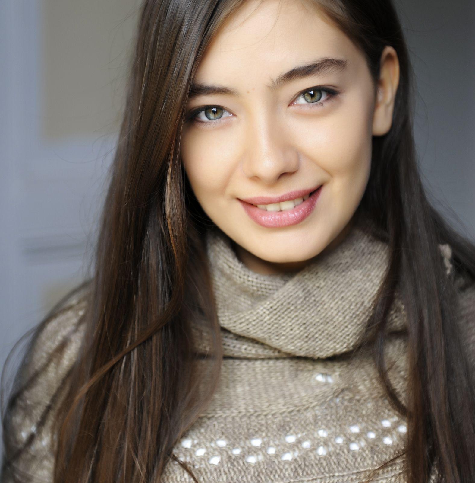 Fatih Harbiye Neslihan Atagul Turkish Women Beautiful Model Hair Best Face Products