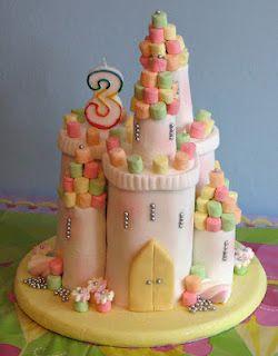Princess castle cake Lotties 4th birthday Pinterest Princess