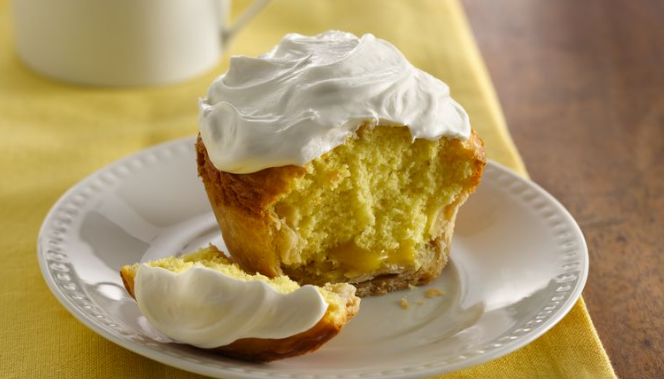 How To Make These Lemon Curd Jumbo Pie Cupcakes