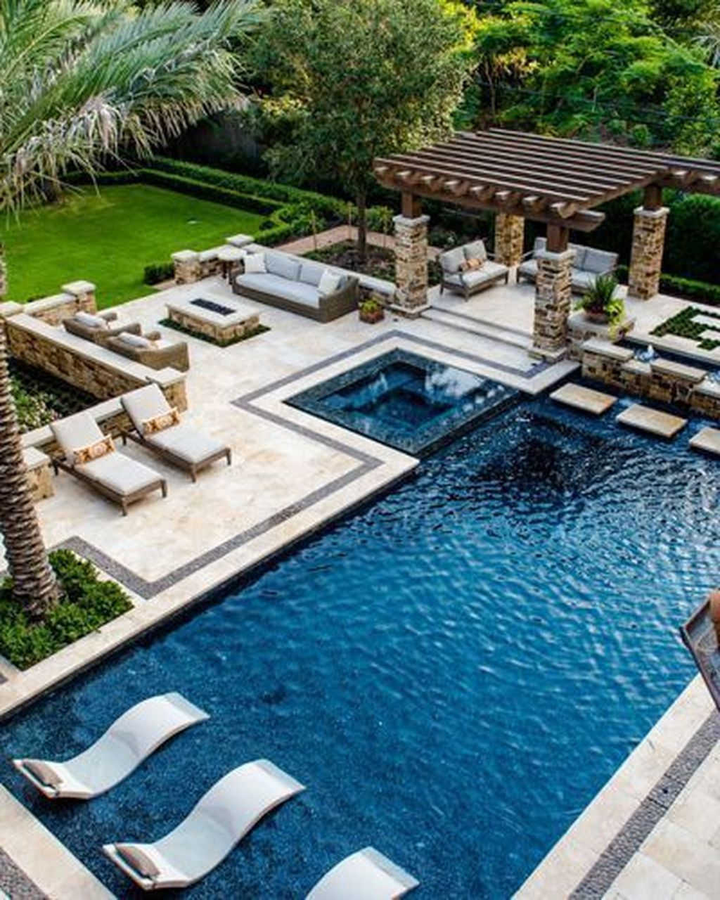36 Vintage Backyard Home Design Ideas With Swimming Pool To Have Indoor Pool Design Swimming Pool Landscaping Dream Pools