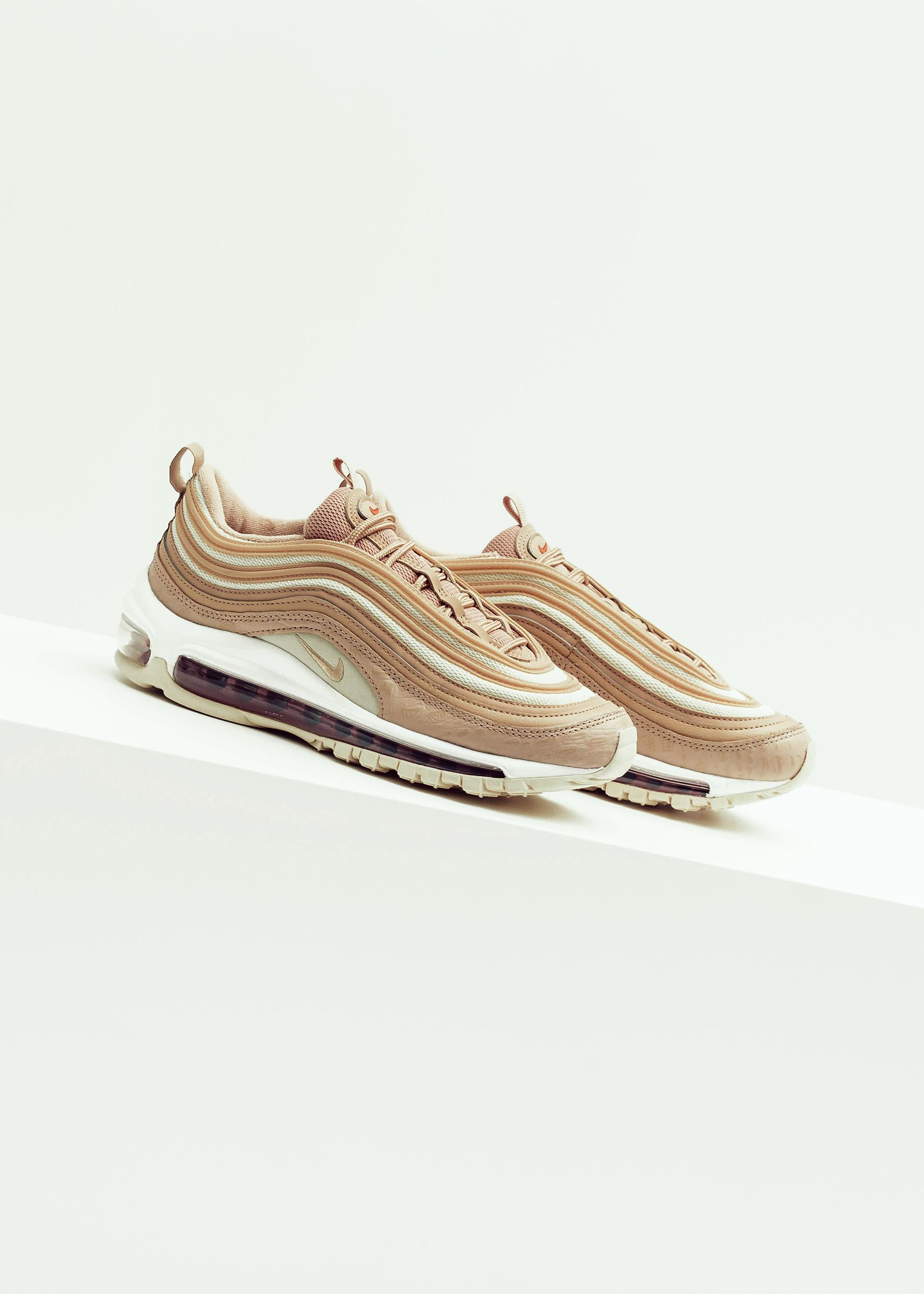NIKE Air Max 97 Lux bio beigelight carbon | ONYGO