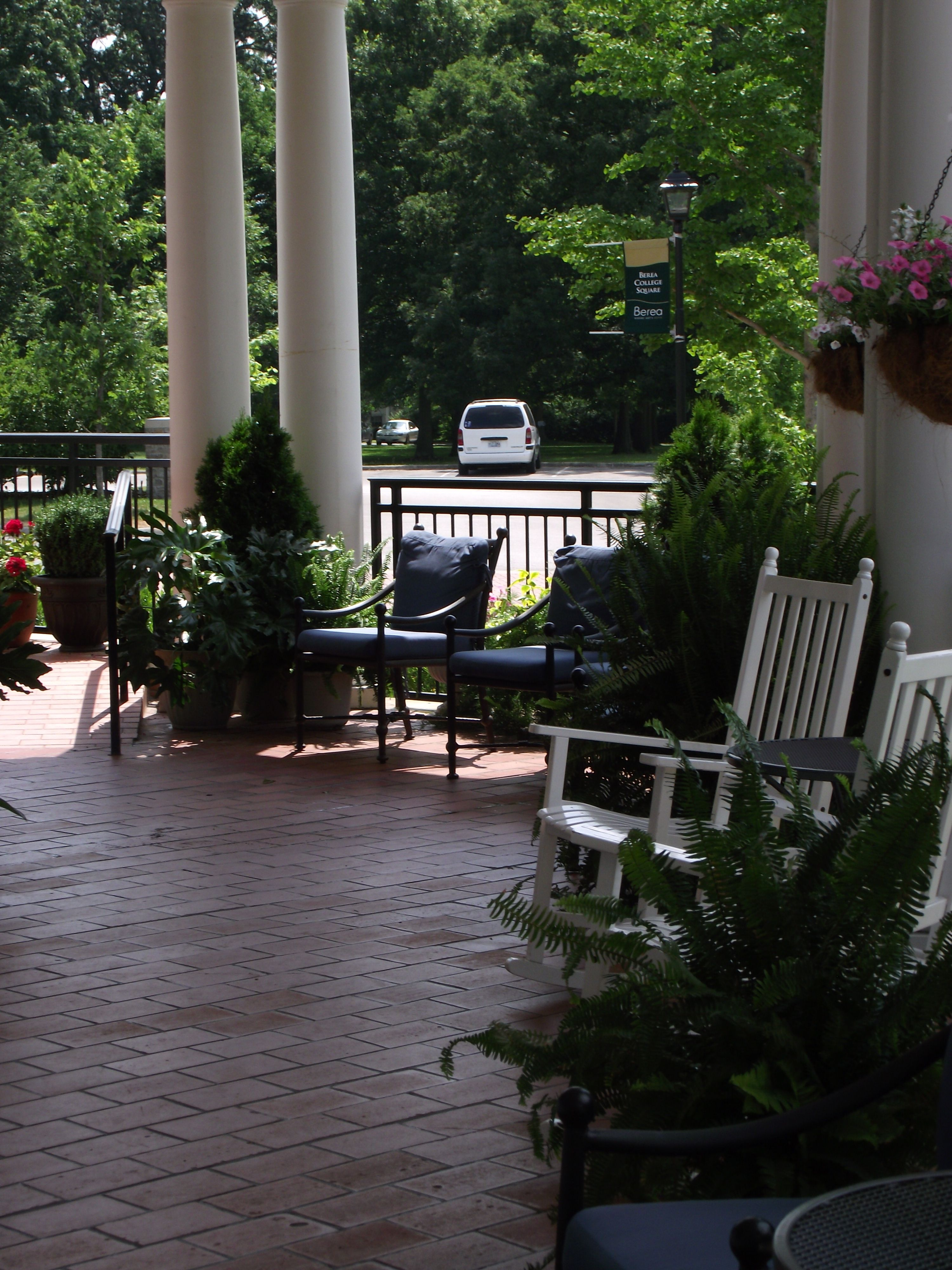 The Front Porch At Boone Tavern Hotel In Berea Kentucky June 2017