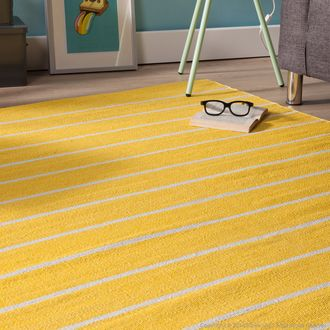 tapis en plastique tiss main rendu coton rayures bicolores navya dining table pinterest. Black Bedroom Furniture Sets. Home Design Ideas