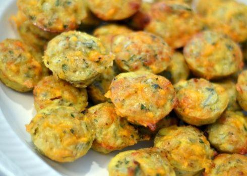 Three Cheese Artichoke Bites - Delicious! Great for a pot-luck! #recipe @Chew Nibble Nosh