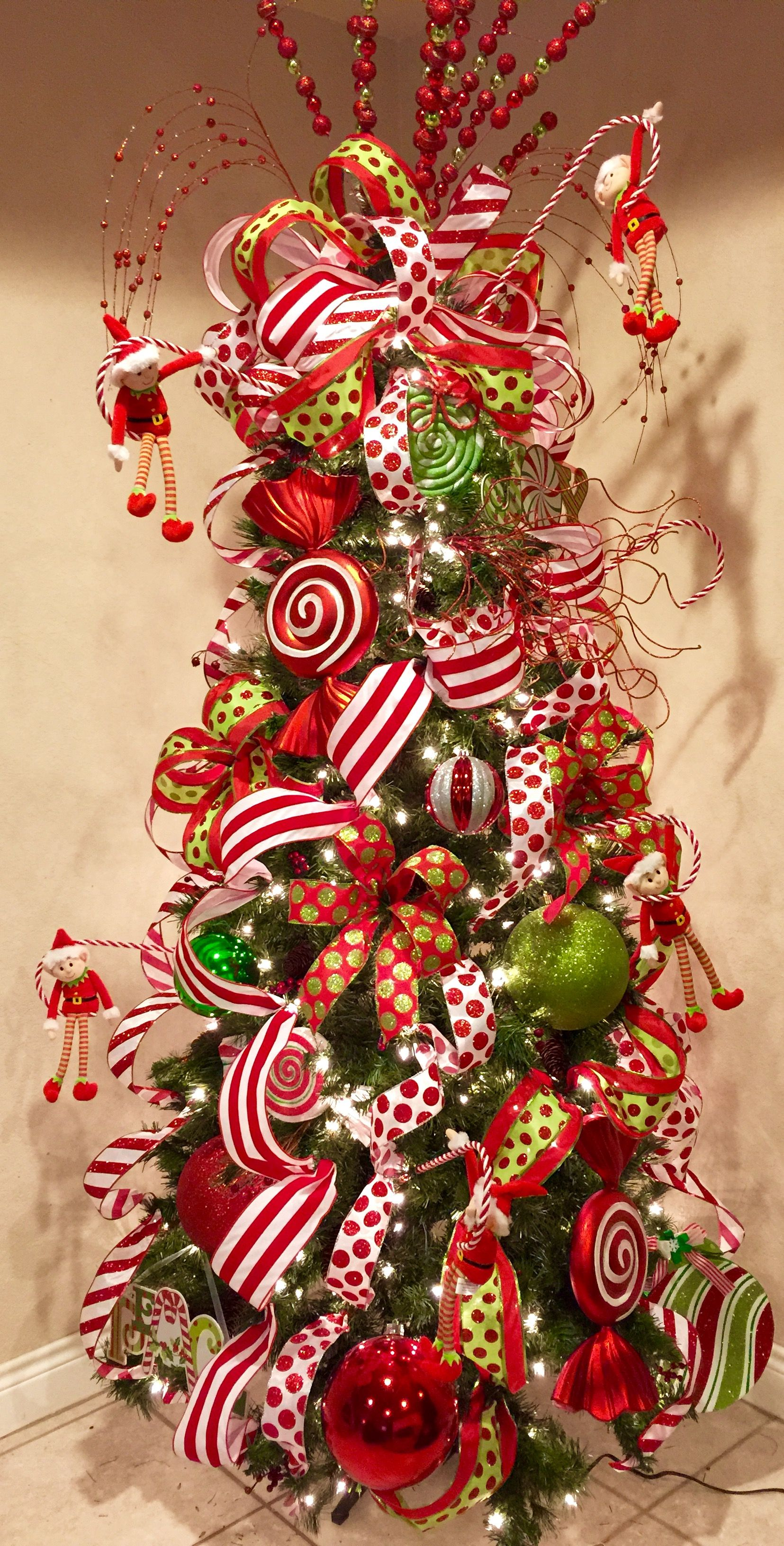 Like The Striped Ribbon Grinch Christmas Tree Whimsical Christmas Christmas Tree Themes