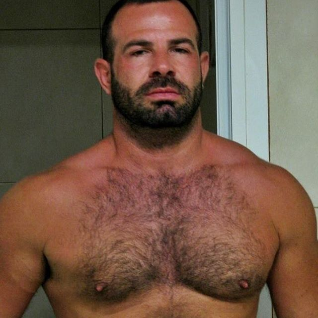 Muscle Hot daddy hairy