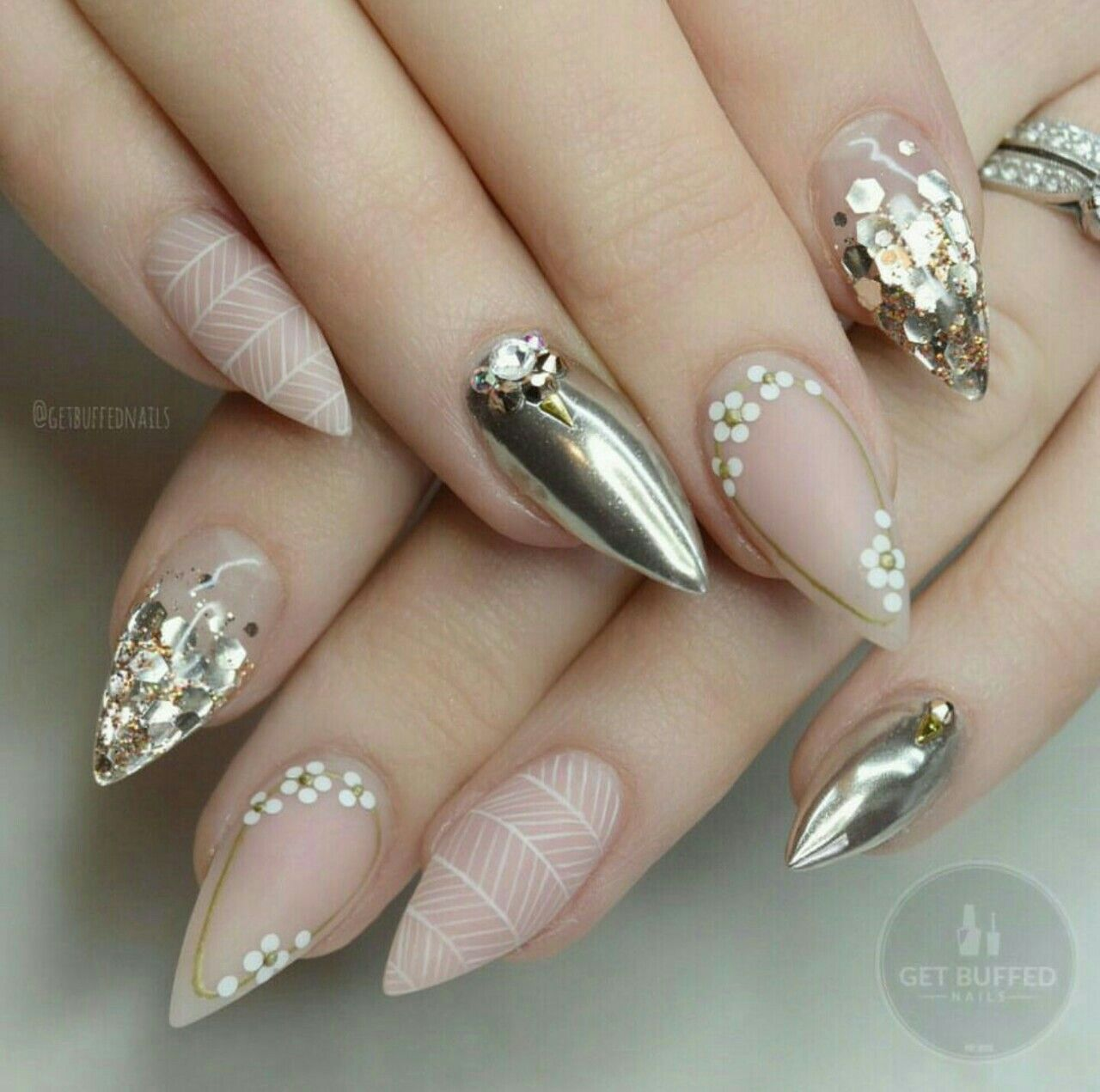 Pin de +52 444 en Uñas con rosas | Pinterest | Diseños de uñas, Uñas ...