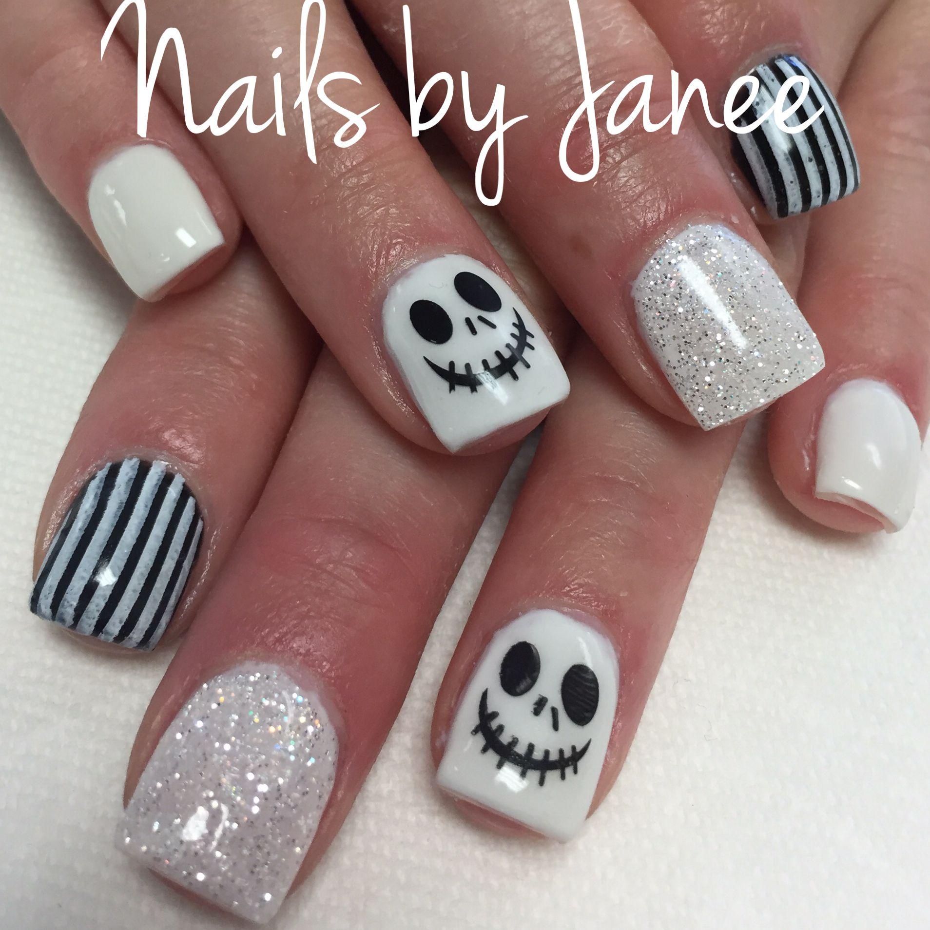 Jack Skellington Halloween nails by Janee | Uñas de ...