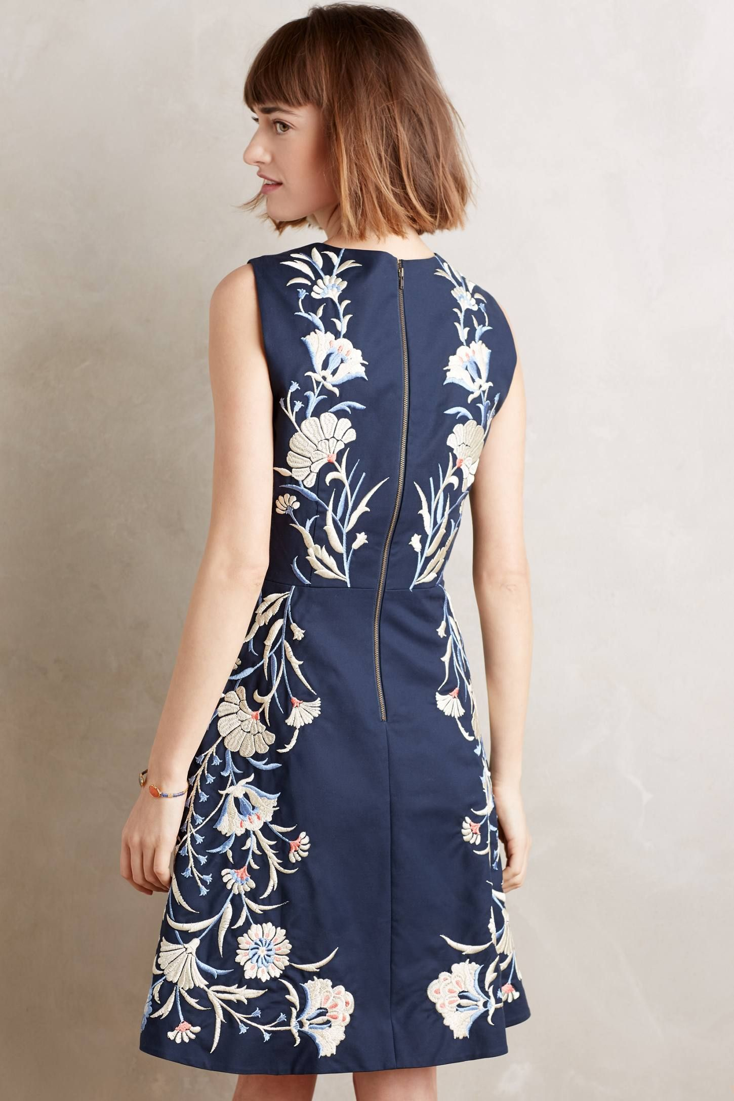 NWT-Anthropologie-Embroidered-Bellflower-Dress-by-Moulinette-Soeurs-