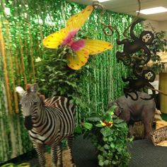 vbs parade Float Ideas | jungle safari vbs | Jungle safari themed ...