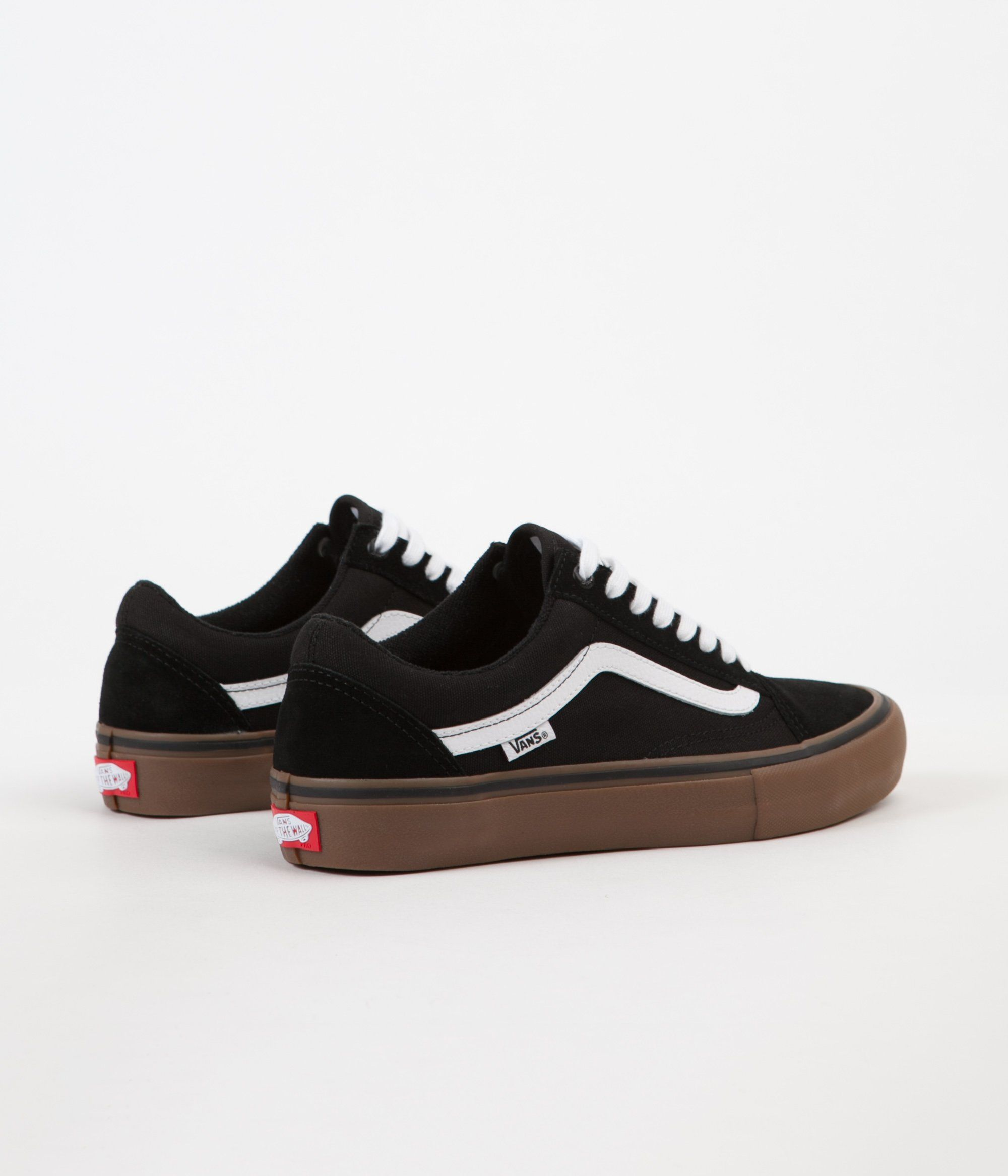 974ed9e92fa Vans Old Skool Pro Shoes - Black   White   Medium Gum in 2019 ...