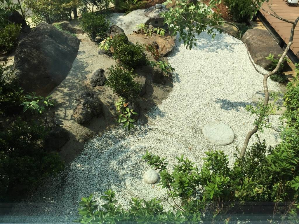 日本庭園 モダンな庭 の mアーキテクツ 高級邸宅 豪邸 注文住宅 別荘