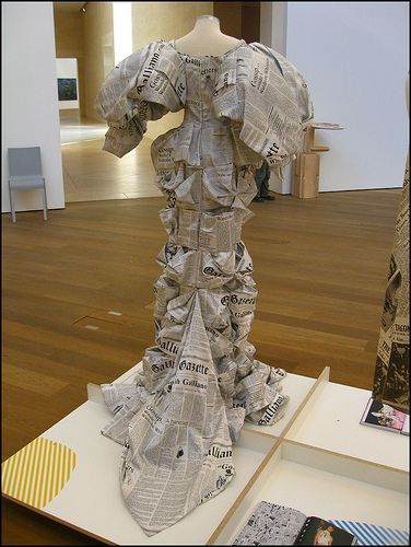 LOVELY paper fashion