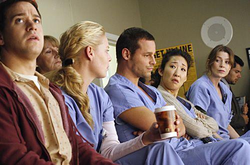 Grey\'s Anatomy Season 3   scrub suit - اللباس الطبي .. (Yousef.MS ...