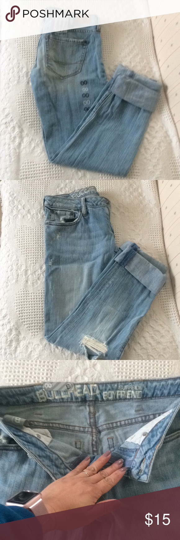 🍀Bullhead NWT.🍀 JNS#0011 Brand new with original tag. 99% Cotton & 1% Spandex. Inseam measurement- 29 inches long. Ripped are design in the pants. Bullhead Pants Skinny
