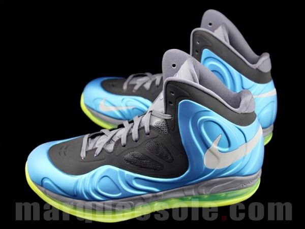 Nike Air Max Hyperposite 'Blue/Volt' Surfacing today is the best look yet  at the upcoming Nike Air Max Hyperposite. Seen here in a primarily blue  colorway, ...
