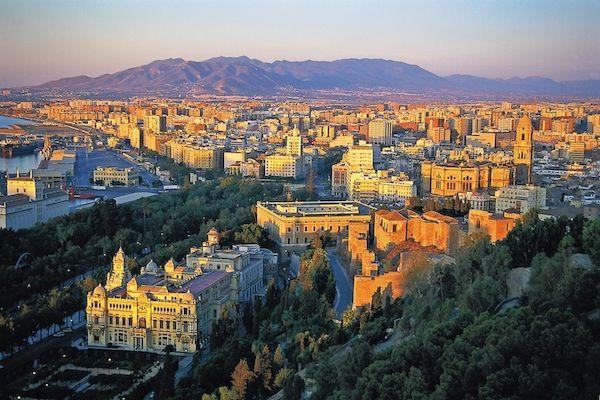 POR FIN! Noticias de nuestro hijo Andrew en Málaga, España. Entérate aquí… + otros nuevos pensamientos y escritos en la pagina de Inicio de R/V!  http://www.reflexionesparavivir.com/180_grados_item/1141/siguiendo-a-andrew-14/ (Julio 22, 2015)