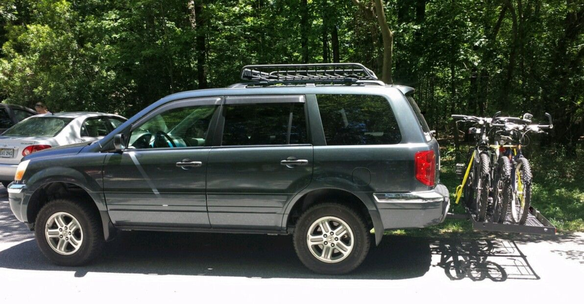 2005 Honda Pilot exl. Lifted. Cargo basket. Bike rack