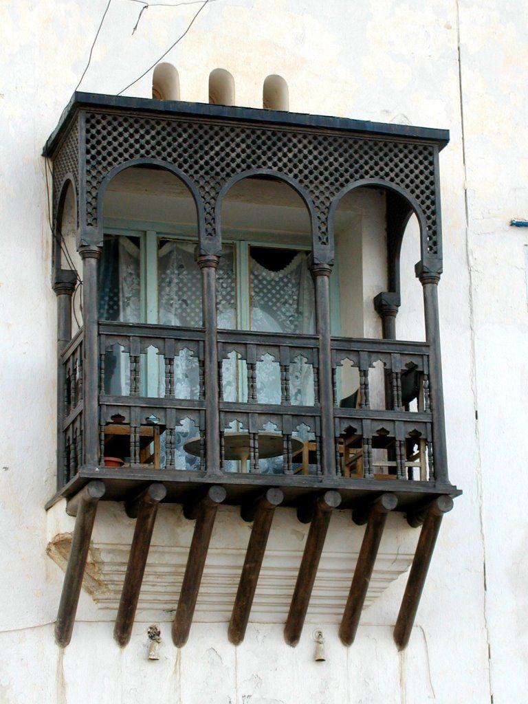 Nowdays - A window on traditional style (Algiers, Algeria)