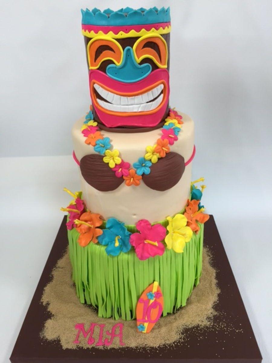 Tiki Hawaiian Cake On Cake Central Novelty Cakes In 2019