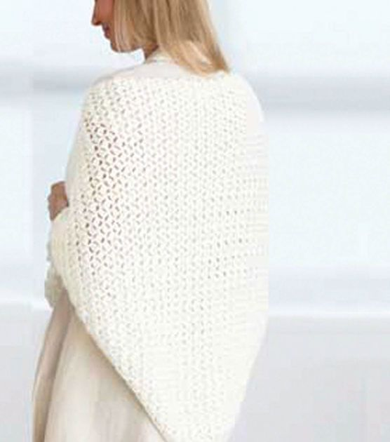 Crochet a cozy prayer shawl to keep warm this winter! | capes/wraps ...