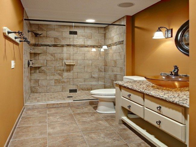 Showers Without Doors Also Known As Walk In Showers Have Plenty Of Benefits First No Glas Bathroom Floor Plans Small Master Bathroom Master Bathroom Design