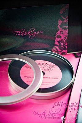 always loved round disc packaging