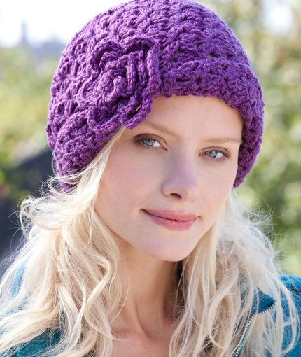 Free Charleston Cloche crochet hat pattern by Red Heart Yarns. This ...