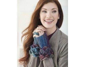 Crocodile Stitch Wrist Warmers (Crochet) free pattern
