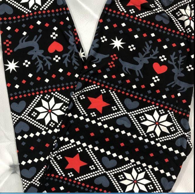 plus size 12 20 reindeer heart winter leggings by jewelryappeal on etsy plus size leggings pinterest winter leggings christmas leggings and size 12 - Plus Size Christmas Leggings