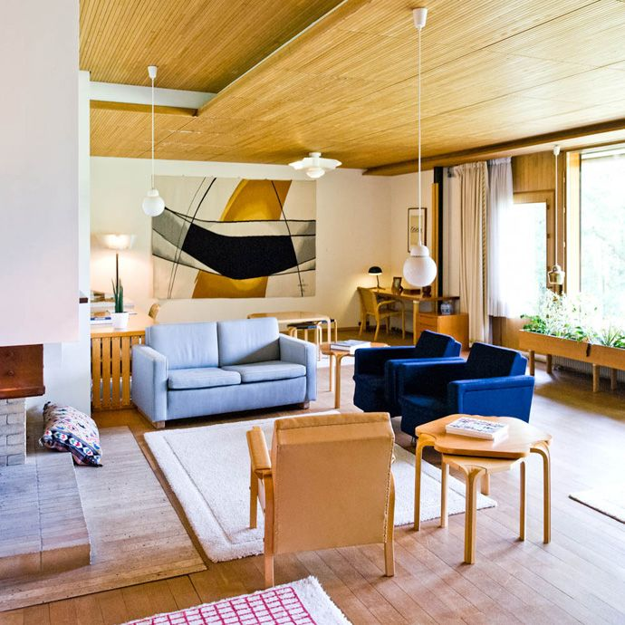 Modern Private House Designed by Alvar Aalto: Maison Louis Carré (small-scaled furniture)