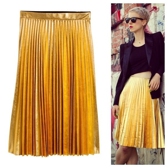 H&M gold pleated skirt NWT | D, Skirts and Gold