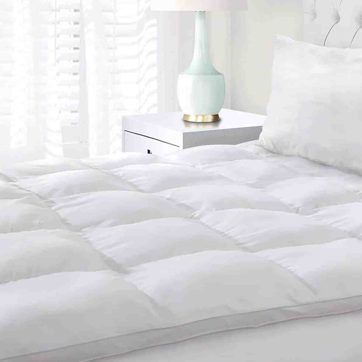 Budget Featherbed Mattress Topper King Size
