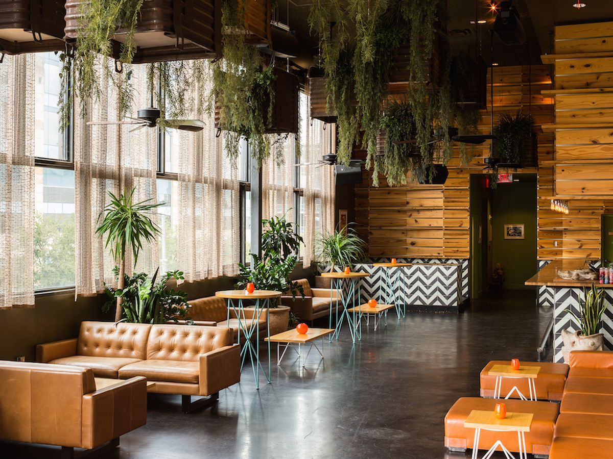 17 Awesome Austin Restaurants for Your Wedding Day