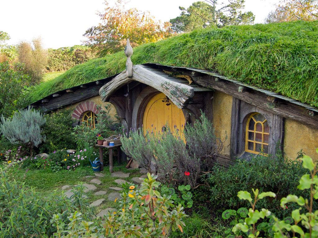 hobbit haus hobbit haus in neuseeland cottage. Black Bedroom Furniture Sets. Home Design Ideas