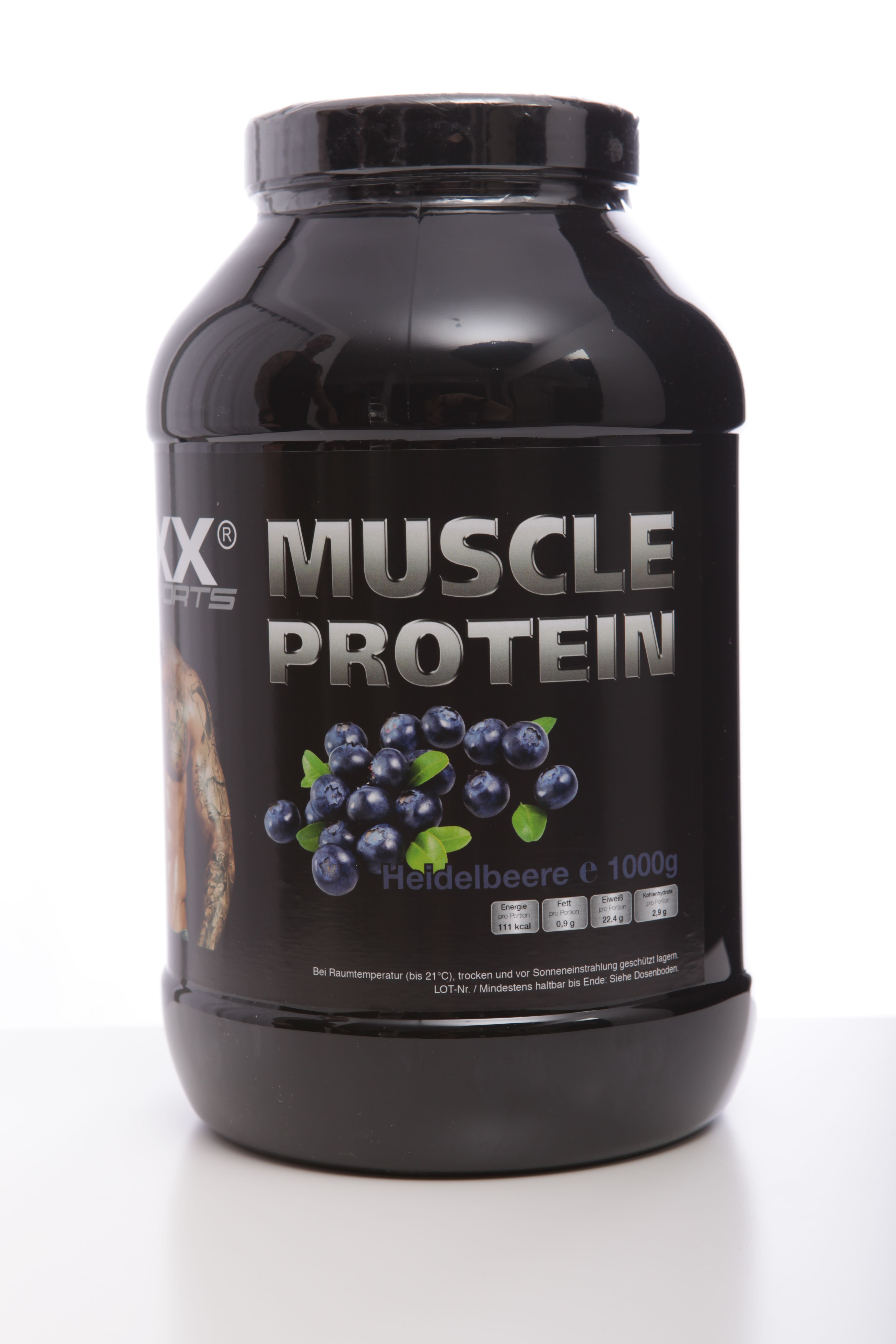 Immer mehr Sportler verlassen sich nach dem Training ausschließlich auf reine Molke, vergessen allerdings den Effekt der gegenseitigen Aufwertung verschiedener Eiweißquellen. Eine echte Alternative zu herkömmlichen Wheyprodukten ist das neue Mehrkomponente Protein Sixx Paxx Sports , das sich hervorragend in Wasser löst. Die tierischen und pflanzlichen Proteinbestandteile ergänzen sich zu einem großartigen Aminogramm. Darüber hinaus überragt die schnell verwertbare Proteinmischung aus 9…