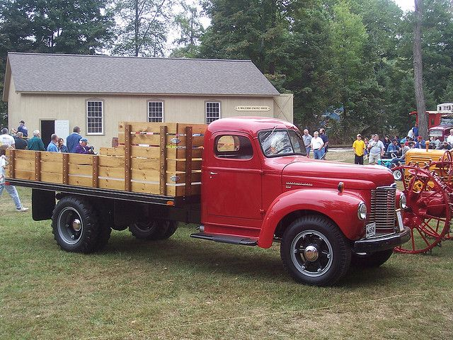 International KB5 trucks | 1948 International KB5 stake ...