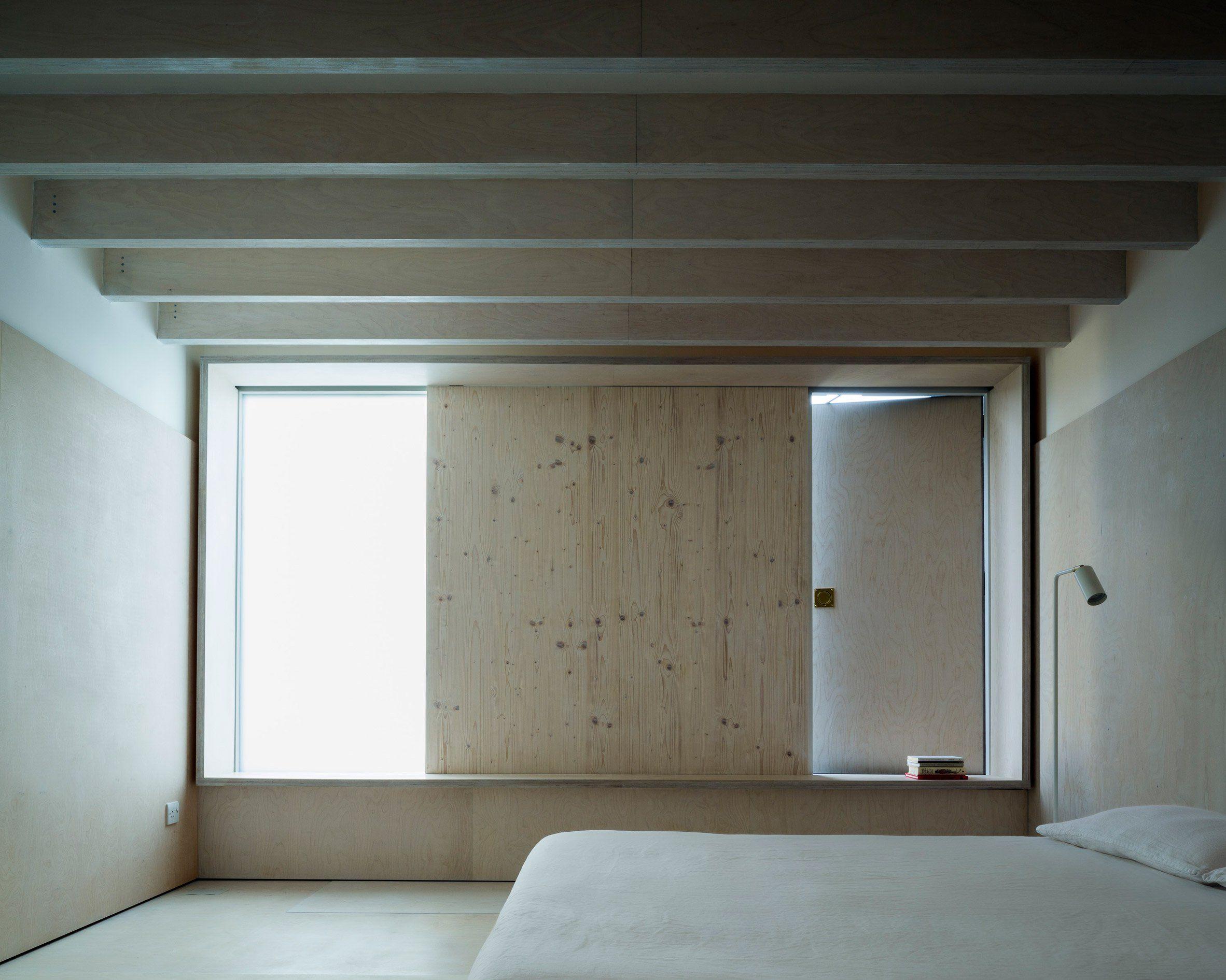 Minimalist methodist church by west architecture ar . interiors