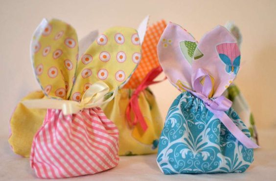 Bunny treat bags a free sewing tutorial fabric squares easter bunny treat bags free pattern sew can she each bag uses 4 x negle Image collections