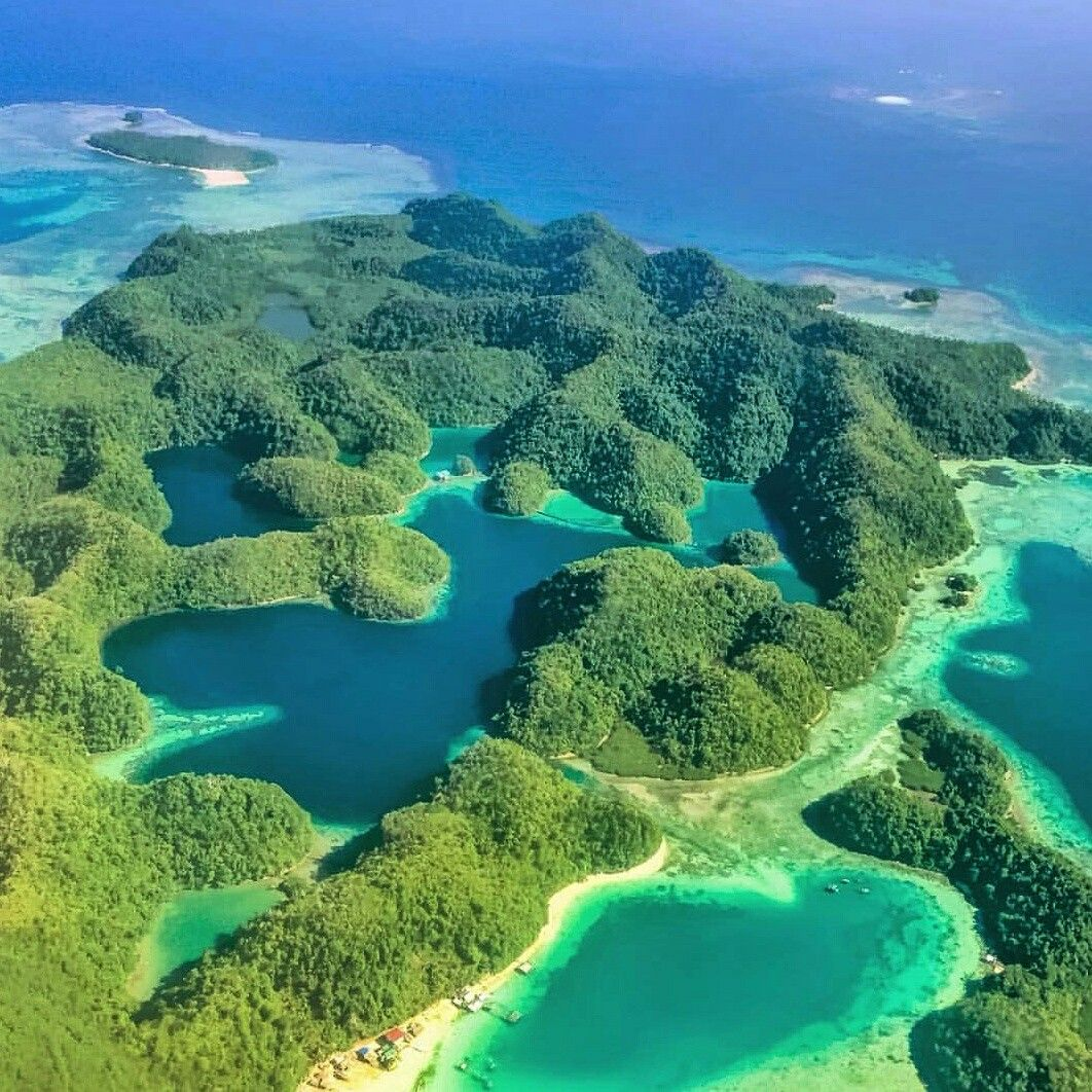 Vacation Ideas South East: Blues And Greens Of Sugba Lagoon In Siargao, Philippines