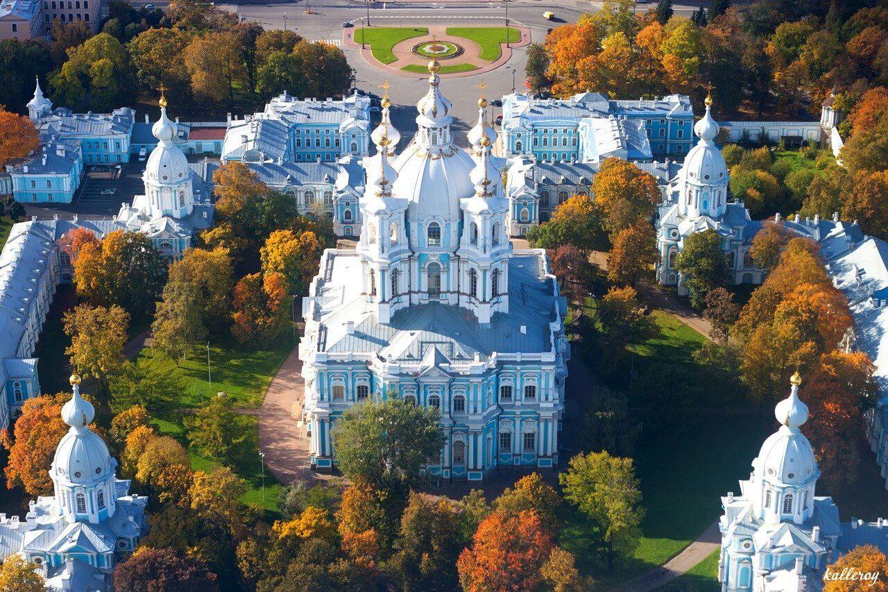 есть огромное монастыри санкт петербурга фото ритмичный