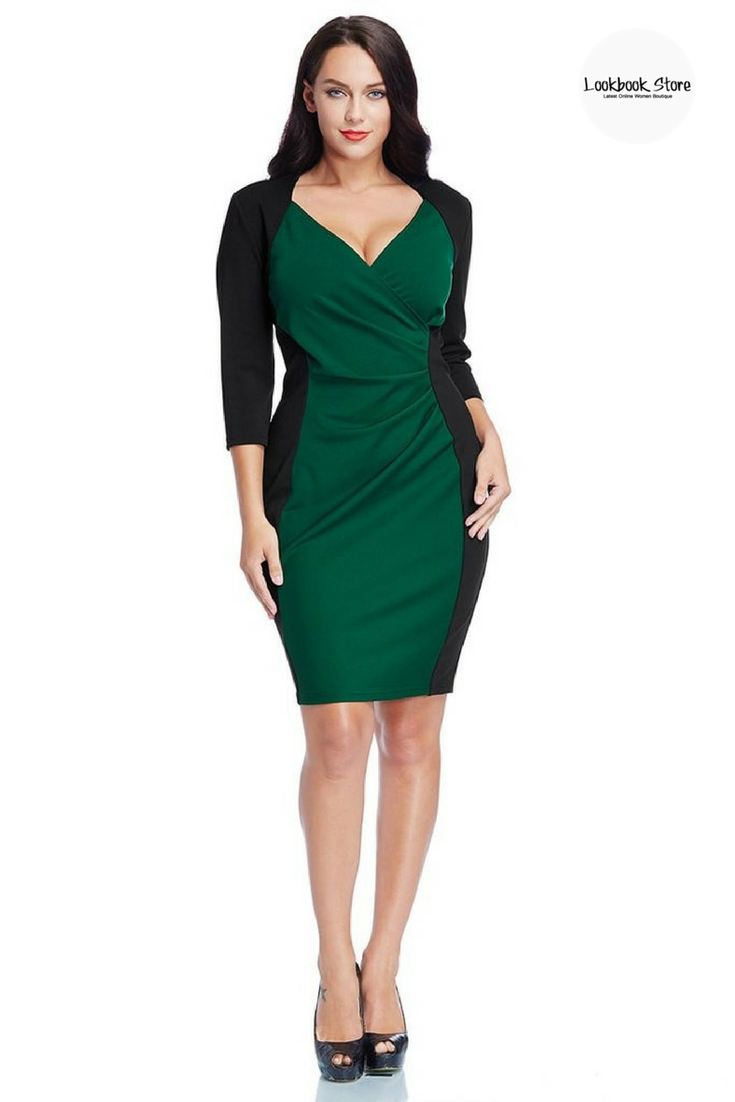 Plus Style // Match this gorgeous green raglan sleeve dress with your heels and smokey eyes for a very fascinating look.