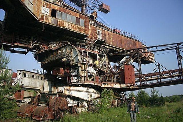 Abandoned Soviet Mega-Machine is a Mechanical Leviathan